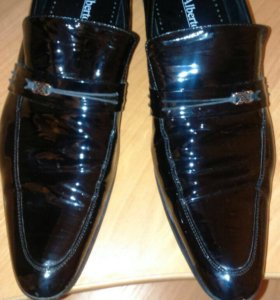 Туфли лаковые,берцы уставные новые