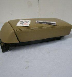 Honda Accord подлокотник
