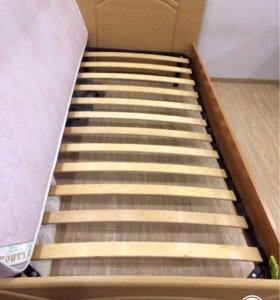 Кровать односпальная +матрац (90/200см)