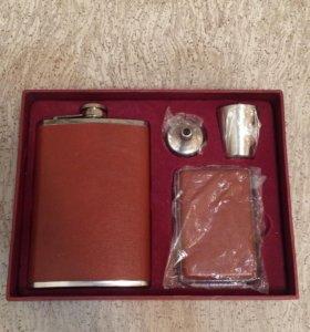 Подарочный набор: фляжка,рюмка,подсигар