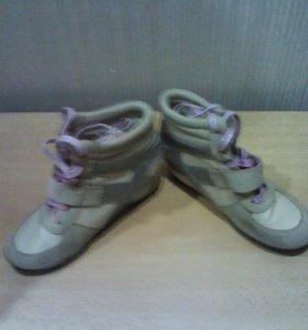 Туфли-сникерсы