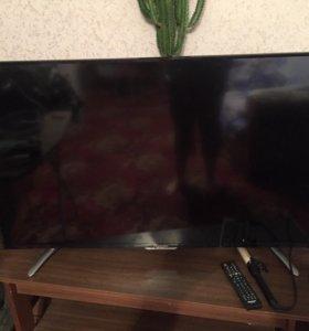 Продам телевизор Hisense Smart