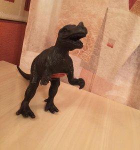 Динозавр рычит