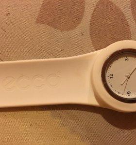 Продам часы ЭККО