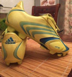 """Бутсы """"Adidas""""."""