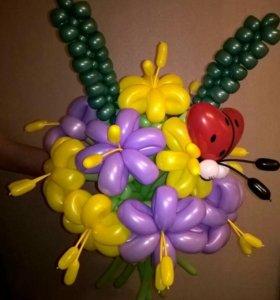 Очаровательный букет из 11 цветов, колосков и 🐞