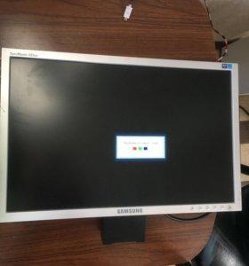 Продам жк монитор Samsung 19 дюймов