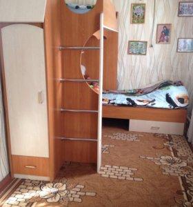 Кровать-двухярусная
