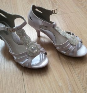 Туфли для девочек😍