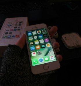 Новый iPhone 5s 16GB (GOLD) с Touch ID и Apple ID