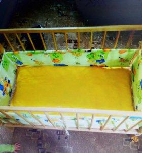 Детская кроватка, матрасик, клеенка, противоударни