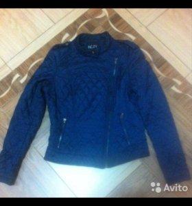Куртка стеганая фирма Инсити.