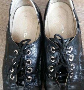Кожаные туфли ЮНИЧЕЛ, 33 р-р