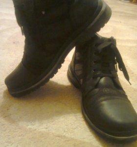 Ботинки зимние р. 42 новые