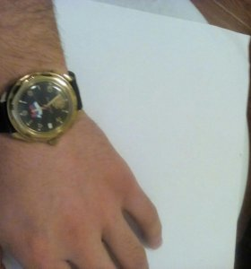 Мужской мехонический часы