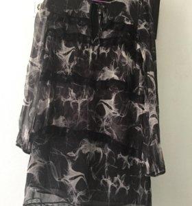 Легкое платье с кружевом для беременной.