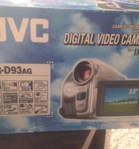 видеокамера JVC GR-D93ag