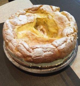 Торт Карпатка - очень нежный со вкусом пломбира.