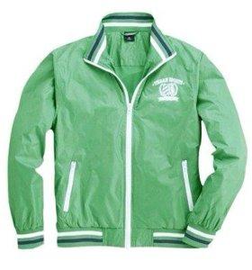 Куртка новая спортивная