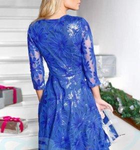 Платье Гепюр с пайетками