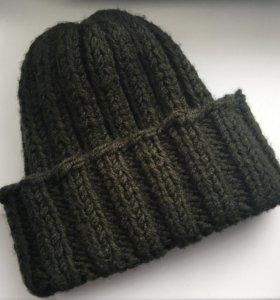 Вязанная шапка (женская)