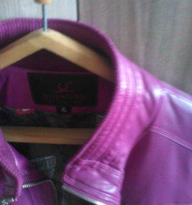 Кожанная курточка новая , мне мала.Ягры.