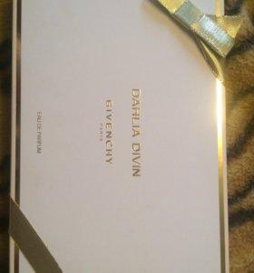 Подарочный набор Givenchy Dahlia Divin