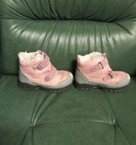 Зимние ботинки р.23 на девочку