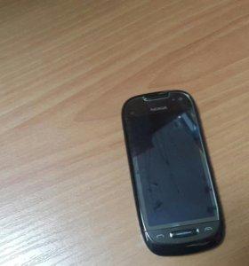 Телефон HOKIA C7