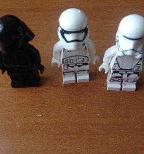 3 лего минифигурки