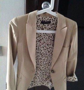 Пиджак новый, XXS