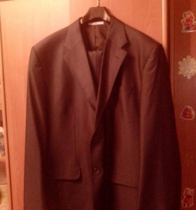 Мужской костюм новый