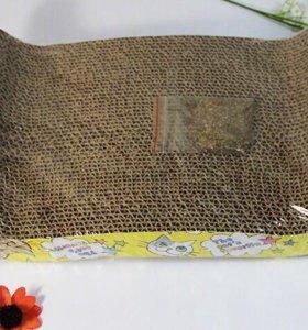 Когтеточки из переработанной целлюлозы. И кроватка
