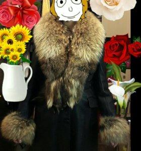 Новое кожаное пальто с мехом