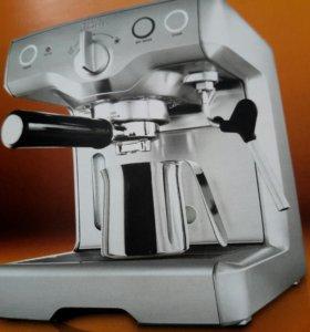 Кофеварка BORK CM EMN 9922 BK
