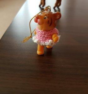 Тигрёнок в розовом платье