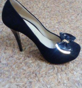 Туфли женские 38р.