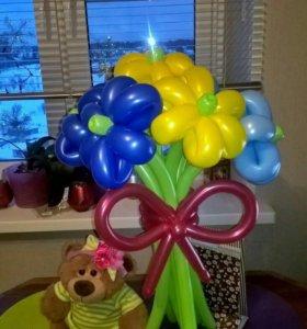 Яркий букет из воздушных шаров