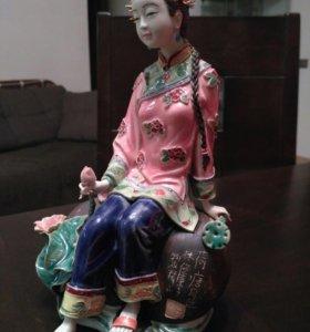 Китаянка фарфоровая