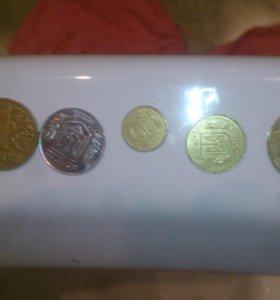 Продам 6 монет украина