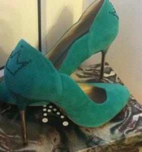 Женские туфли (новые)
