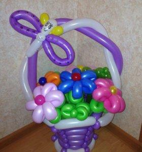 Корзинка с цветами из шариков