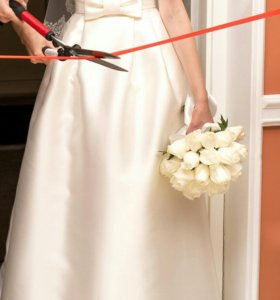 Свадебное платье 89523770545