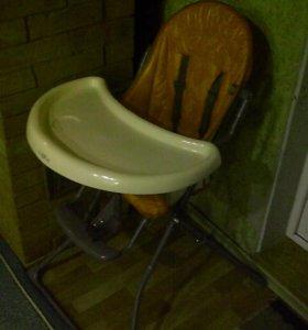 Детский стульчик для кормления (для девочки)