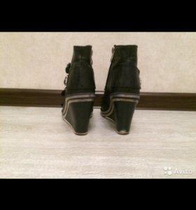 Женская обувь, размер 38