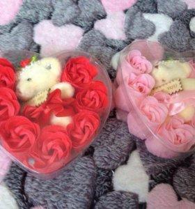 Розы мыло+игрушка