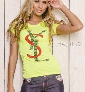 Ysl футболка модного цвета.