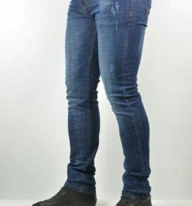 Новые с доставкой джинсы