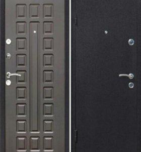 44 Дверь металлическая