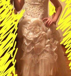 Пышное, нарядное платье для девочек